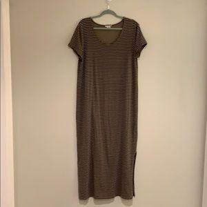 Artisan NY striped tee shirt maxi dress